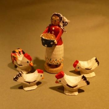 Hühnerfrau mit 1 Hahn und 3 Hühner