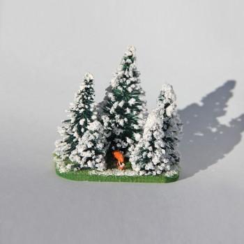 Schneetannen mit Hirsch
