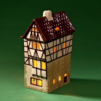Three-gables house model B